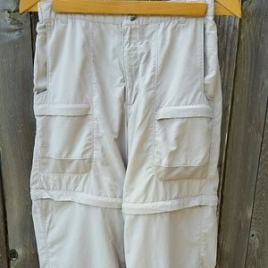 Like new convertable zip off outdoor pants